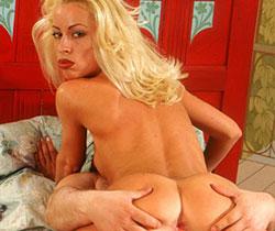 sex lesben im bett die blasen (erotischen) ärsche