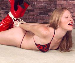 sexy susi porn hilflos gefesselt erregt